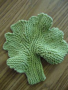 Knit Leaf Washcloth/Dish cloth. A good opportunity to learn shortrows.