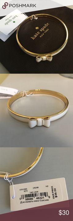 NWT Kate Spade cream bow bangle NWT cream bow Kate Spade bangle kate spade Jewelry Bracelets