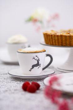 Taucht mit uns ein in die Welt der Gmundner Keramik und lasst euch inspirieren - handgefertigt seit 1492 Tableware, Desserts, Tablewares, Kaffee, Handmade, World, Recipies, Tailgate Desserts, Dinnerware