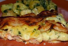Chicken breast layered with béchamel Meat Recipes, Chicken Recipes, Cooking Recipes, Healthy Recipes, Healthy Food, Hungarian Recipes, Hungarian Food, Winter Food, Diy Food