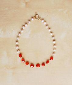 Royal Elegance Pearls necklace - Collar de piedras rojas y blancas #IDEA…