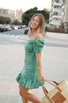 Escote bardot Zara, Michael Kors, Sexy, Shoulder Dress, Movies, Dresses, Fashion, Storage Room, Plunging Neckline