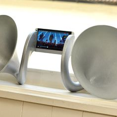 Gramohorn II—a non-electric speaker that amplifies sound from the HTC One smartphone naturally—is trying to change negative perceptions around 3D printing in the design world.