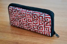Diy Wallet, Hobbies And Crafts, Upcycle, Zip Around Wallet, Pouch, Sewing, Handmade, Odd Stuff, Moma