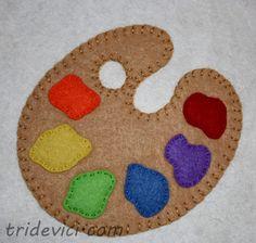 Painter's Palette Applique Block by Wee Folk Art Free Applique Patterns, Applique Designs, Felt Patterns, Felt Diy, Felt Crafts, Kids Crafts, Felt Christmas, Christmas Crafts, Christmas Ornament