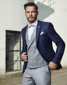 Tuxedo Wedding, Wedding Ties, Retro Fashion, Mens Fashion, Beard Styles For Men, Suit And Tie, Bearded Men, Mens Suits, Groom