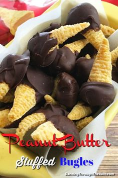 Peanut Butter Stuffed Bugles – Appetizer Recipes and Side Dishes – Home Recippe Salty Snacks, Yummy Snacks, Yummy Treats, Delicious Desserts, Sweet Treats, Candy Recipes, Sweet Recipes, Cookie Recipes, Snack Recipes