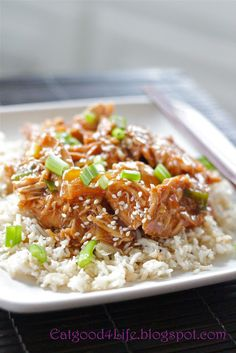 Crock pot honey sesame chicken. Healthy and looks delicious!!