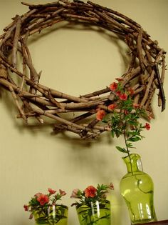 31 DIY Winter Wreaths With Nordic Touch - Shelterness Christmas Ideas, Christmas Crafts, Xmas, Wreaths For Front Door, Door Wreaths, Logs Ideas, Wood Creations, Wreath Ideas, Grapevine Wreath