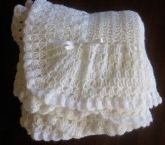Free vintage crochet pattern for a baby blanket. So pretty.