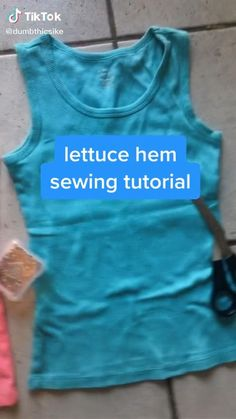 Clothes Crafts, Sewing Clothes, Custom Clothes, Umgestaltete Shirts, Diy Fashion Hacks, How To Make Clothes, Clothing Hacks, Dress Sewing Patterns, Fashion Sewing