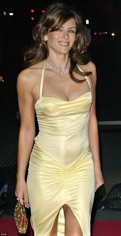 One of the 2 yellows I can wear - either light lemon yellow or lemon chiffon.You can find Elizabeth hurley and more on . Sexy Older Women, Sexy Women, Elizabeth Hurley Bikini, Elizabeth Jane, Celebs, Celebrities, Models, Beautiful Actresses, Gorgeous Women