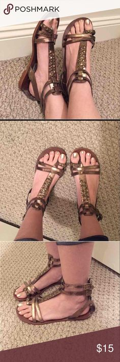 Gladiator Sandals P-IVANA - Metallic bronze.  Very cute! In GOOD condition!  Size 7M Short gladiator sandals. Steve Madden Shoes Sandals