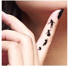 Imagen de tattoo, peter pan, and black
