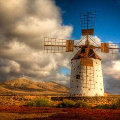 i love pics of windmills.