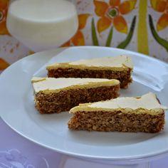 FOODEPENDENCE: Orechový koláč so žĺtkovou polevou.