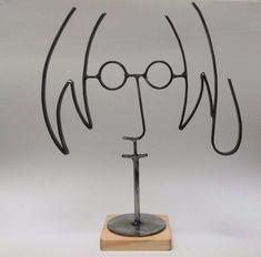 John Lennon / Figura hecha de Metal. Arte en metal reciclado
