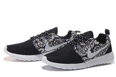 Nike Roshe Run Mens London flower art m black Shoes