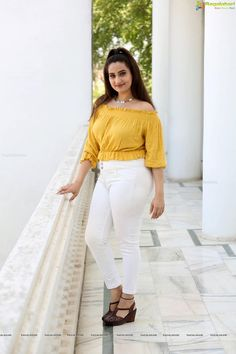 Himachal Pradesh Public Service Commission HPPSC Recruitment 2019 Apply Online for HP Forest Service Exam - Eclipse Hollywood Actress Photos, Hollywood Heroines, Indian Tv Actress, Indian Actresses, Raveena Tandon Hot, Desi Girl Image, Hottest Pic, Indian Models, Indian Beauty Saree
