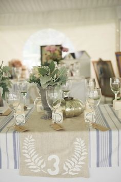 We are loving these burlap table numbers/runners! So cute!    Photography by devaiphotography.com.au