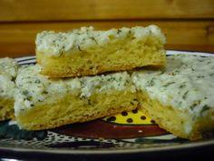 Kapros-túrós sütemény kis tepsihez - Balkonada sütemény recept
