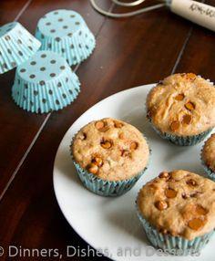 Whole Wheat Cinnamon Muffins Recipe - RecipeChart.com #Breakfast #Desserts #Snack