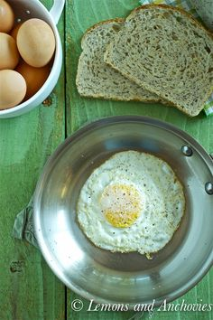 Perfect Fried Egg from Loang Food Pics, Food Pictures, Perfect Fried Egg, Healthy Food, Healthy Recipes, Fried Eggs, Delicious Breakfast Recipes, Fabulous Foods, Breakfast Ideas