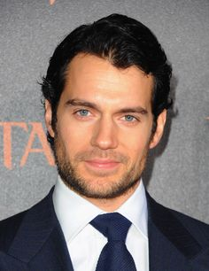 "Henry Cavill Photos - Premiere Of Relativity Media's ""Immortals"" Presented In RealD 3D - Red Carpet - Zimbio"