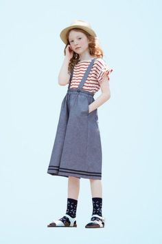 Adelaide for GU Kids SS 2017 LOOKBOOK -GU STYLING COLLECTION- #KidsFashionLookbook Human Poses Reference, Pose Reference Photo, Poses References, Kids Fashion, Fashion Outfits, Lookbook, Kid Styles, Child Models, Kids Outfits