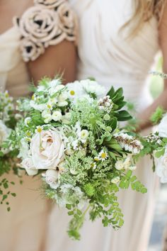 A bridesmaid's bouquet bursting with beauty Photography by Gia Canali / giacanali.com, Event Design and Production by Yifat Oren #bouquet #rustic