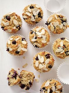 Muffins with apples and blueberries ricardo Muffin Recipes, Cake Recipes, Snack Recipes, Snacks, Yummy Recipes, Dessert Ricardo, Something Sweet, Sweet Bread, Love Is Sweet