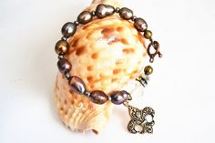 BRONZE PEARL Fleur De Lis Copper Toggle Bracelet by aquadecorator