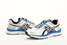 mens shoes/white Asics Gel shoes