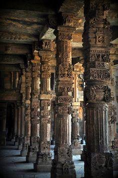 Qutub Minar, Nova Deli, Índia https://plus.google.com/u/0/113714873156469586470/posts/6gSCfaBG6KF