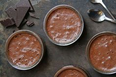 3 διαφορετικές ζεστές σοκολάτες σε ρόφημα   imommy.gr Gordon Ramsay, Coffee Time, Smoothies, Pudding, Sweets, Chocolate, Cooking, Desserts, Recipes