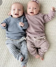 (COMPLETE)Your just A girl who falls in love with Mattiapolibio but l… Cute Baby Twins, Twin Baby Girls, Boy Girl Twins, Twin Babies, Baby Love, Twin Baby Clothes, Trendy Baby Clothes, Twin Baby Photos, Twin Toddlers