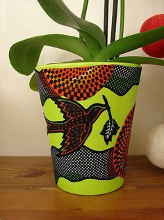15 Incredibly Beautiful Ankara Home Decor Items That Are Almost Too Pretty To Use African Interior, African Home Decor, African Room, Diy Wax, African Accessories, Afro, African Design, African Style, African Fabric