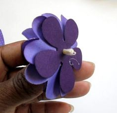 МК Бумажные цветы из сердечек