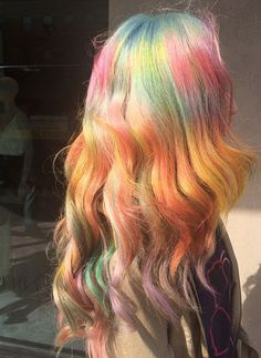 Pastel psychedelic hair color by @auracolorist