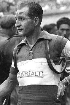 Gino Bartali, Hero