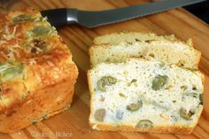 Artichoke Biscuit Bread with Asiago Cheese and Olives - I bet this would be awesome with some spinach in it...