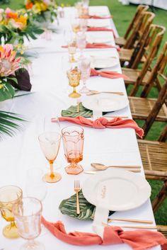 c1d0d7aaf878 Living Coral  10 idee per un matrimonio nel Pantone dell anno