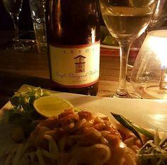 La comida y el vino ciertamente nos permiten viajar mediante sensaciones y experiencias y esa es precisamente la idea de las cenas temáticas que realizo mes a mes. En esta oportuniad Comida Thai!!.…