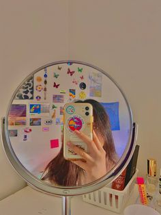 Diy Phone Case, Cute Phone Cases, Iphone Phone Cases, Foto Mirror, Mirror Pic, Kids Mirrors, Girls Mirror, Night Aesthetic, Aesthetic Indie