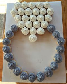 Diamond ring bridal shower cupcakes