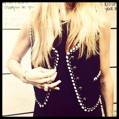 #OOTD could literally wear this Chanel vest everyday—goes with everything