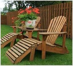 744 Free Do It Yourself Backyard Project Plans – Build your own picnic tables, Adirondack chairs, porch swings, tree benches, outdoor storage bins, potting benches, planters, lounge chairs, outdoor dining sets and more with the help of these free plans and step-by-step guides.