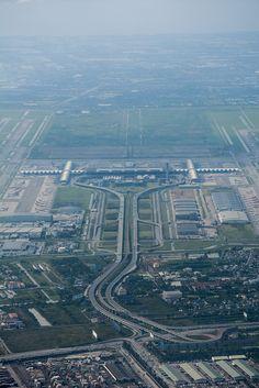BKK | Bangkok Suvarnabhumi Airport..