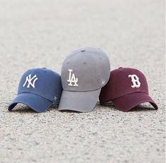 Llega el buen tiempo y toca lucir las mejores  gorras . Únete al séquito de  los amantes de 47 y sus gorras de béisbol en honor a New York Yankees 8e98a374d64