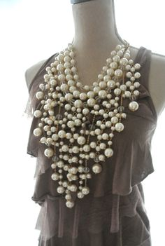 Pearl necklace Romantic shabby pearls pretty by TrueRebelClothing, $46.00